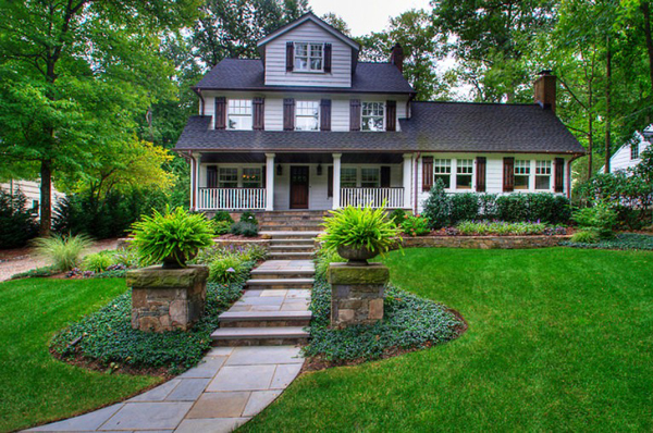 Landscapers in Hauppauge, NY